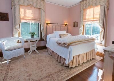 CCI ShabbyChic Bed